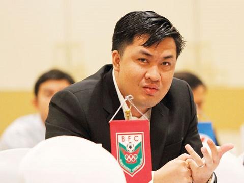 TGD Cao Van Chong Dung qua bi quan ve trong tai noi hinh anh