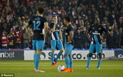 Video clip ban thang Sheffield Wednesday 3-0 Arsenal (Vong 3 cup Lien doan Anh 20152016) hinh anh