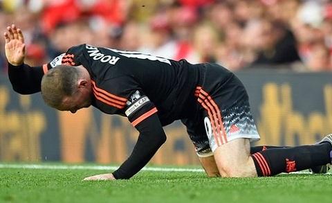 Nong Rooney dinh chan thuong, nghi 2 tran vong loai Euro 2016 hinh anh
