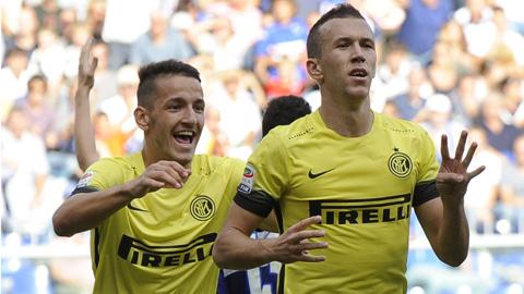 Sampdoria 1-1 Inter Milan Tran hoa may man hinh anh