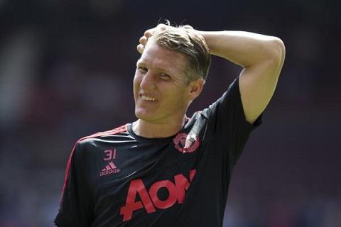 Schweinsteiger bi hanh nhu… cho trong tran Arsenal hinh anh