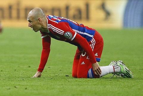 Arsenal gap nguy truoc dai chien voi Bayern: Doi chan pha le da tro lai