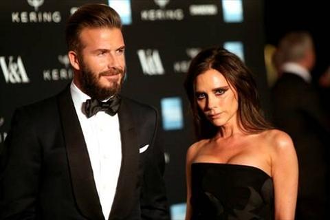Beckham bat ngo duoc vo khen het loi khi tin don li hon lan rong hinh anh