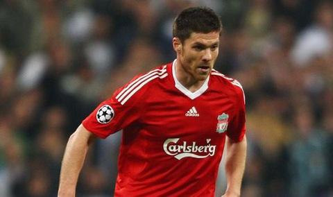 NONG Xabi Alonso sap tai duyen voi Liverpool hinh anh