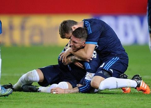 Hau ve Sergio Ramos co the phai nghi thi dau toi 8 tuan hinh anh