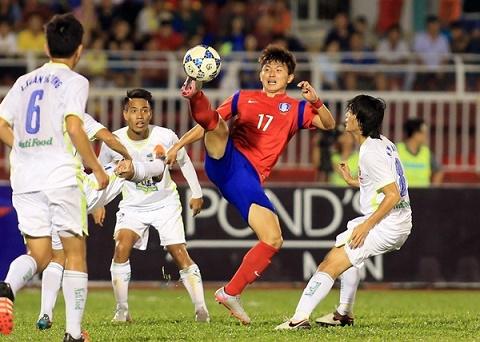 HAGL dang bao dong khi thua lua U19 Han Quoc