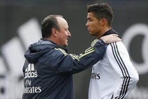 Lieu MU co nen tai hop voi Cristiano Ronaldo hinh anh