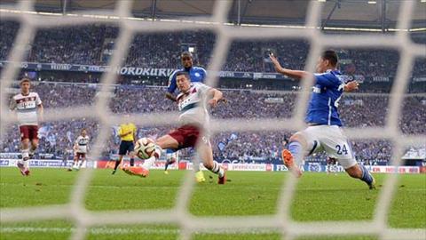 Video clip ban thang Schalke 04 1-3 Bayern Munich (Vong 13 Bundesliga 201516) hinh anh