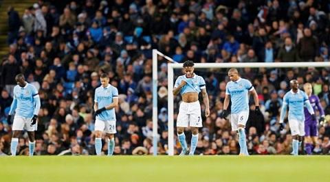 Man City da don nhan tran thua tham 1-4 truoc Liverpool tren san nha