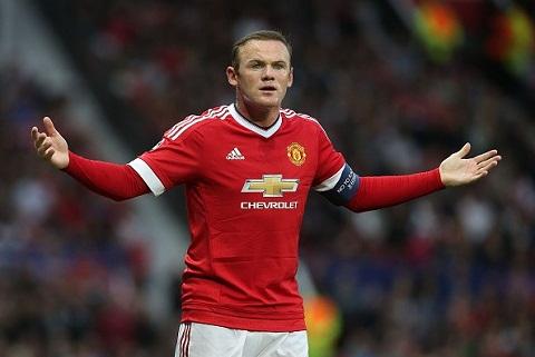 Wayne Rooney bi phat nang vi bi buoc toi tron thue hinh anh