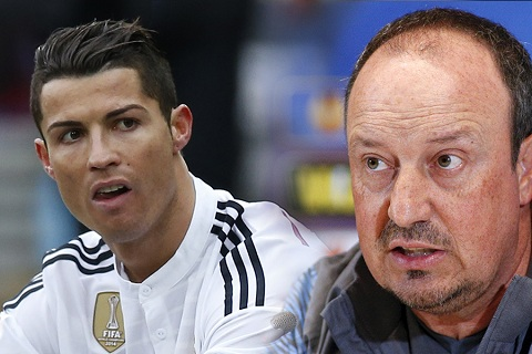 Thuc hu chuyen Ronaldo doi Real sa thai Benitez hinh anh