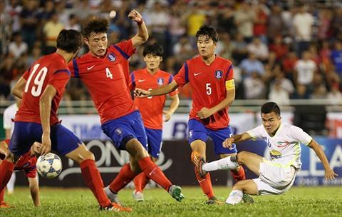 Thang U21 Singapore 3-0, U19 Han Quoc gap U21 HAGL o chung ket hinh anh
