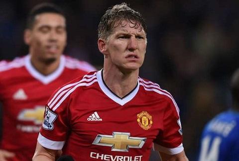 Bastian Schweinsteiger co ban thang chinh thuc dau tien cho M.U