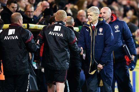 Diem nhan tran dau Norwich vs 1-1 Arsenal vong 14 Premier League hinh anh 3