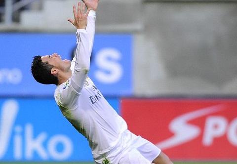 Tien dao Cristiano Ronaldo thanh tai la do kho luyen hinh anh