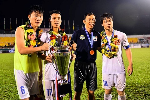 U21 HAGL vo dich giai U21 Quoc te Bao Thanh Nien 2015 hinh anh