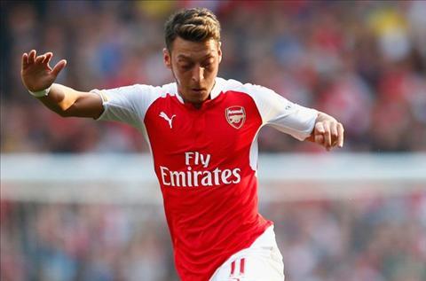 Mesut Ozil lo ly do khien Arsenal khong ngung truong thanh hinh anh