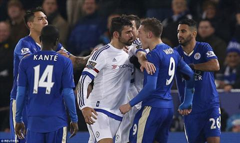 Tien dao Vardy khong ngai dan mat dan sao Chelsea hinh anh