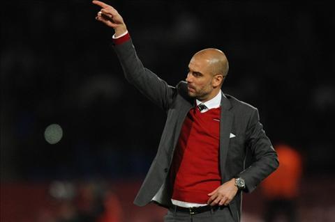 HLV Pep Guardiola nhan luong 17 trieu bang nam neu dan dat Chelsea hinh anh