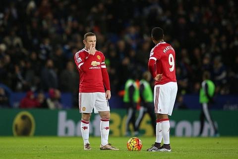 Hang cong MU Thay Wayne Rooney bang Ander Herrera hinh anh