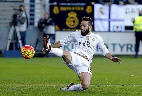 Real Madrid khung hoang hang thu Mat nguyen bo tu ve manh nhat hinh anh