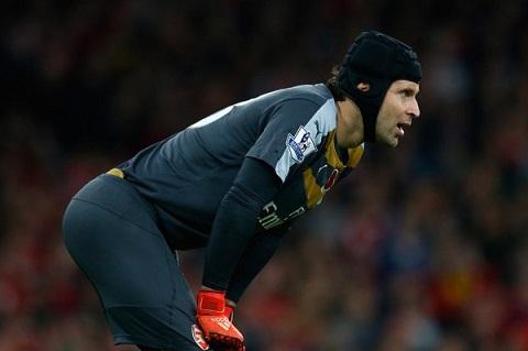 Thu mon Petr Cech Nguoi hung tham lang hang thu Arsenal hinh anh 3