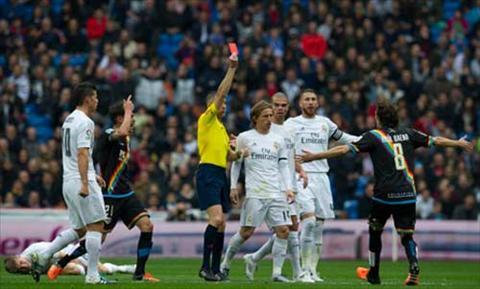 Tran dau khong tuong Real Madrid 10-2 Rayo Vallecano bi nghi dan xep hinh anh