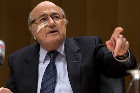 Cuu chu tich FIFA Blatter