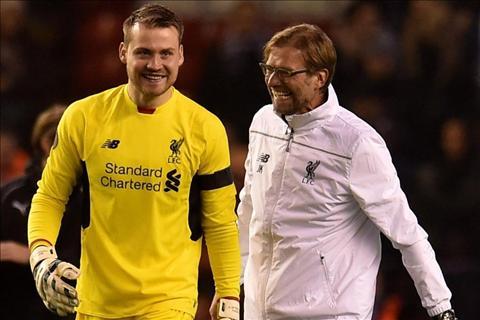 Liverpool gia han hop dong voi thu mon Simon Mignolet hinh anh 2