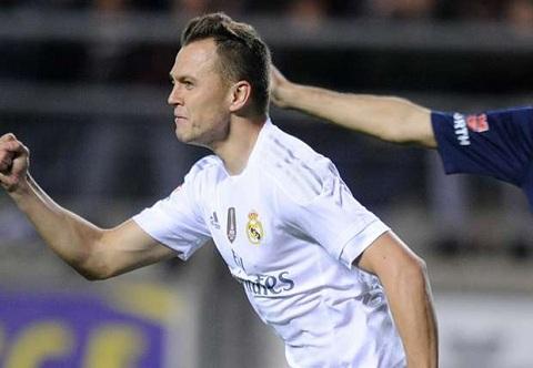 Du am tran Cadiz 1-3 Real Madrid Thang trong run so hinh anh 2