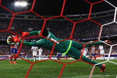 Qua bong vang FIFA nen thuoc ve Barca, khong phai Messi! hinh anh 2