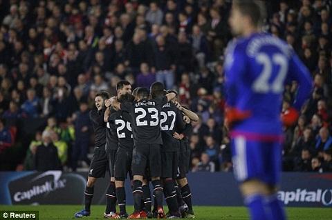 Southampton 1-6 Liverpool Origi lap hat-trick dua The Kop bay vao ban ket  hinh anh 4