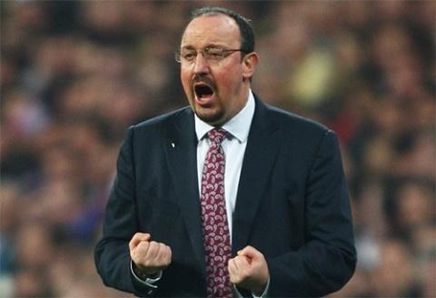 Benitez dang khien Real dung truoc nguy co trang tay o mua giai nay