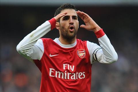 Cuc soc Roi Chelsea, Cesc Fabregas tro lai Arsenal  hinh anh