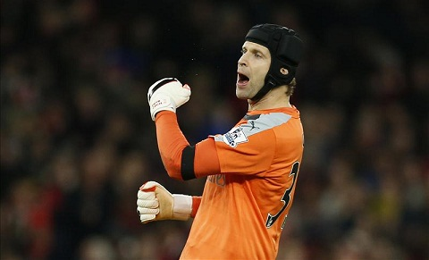 Thu mon Petr Cech Nguoi hung tham lang hang thu Arsenal hinh anh 2