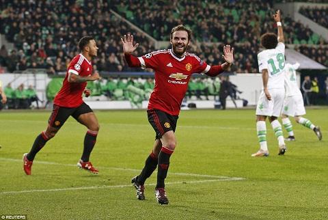HLV Van Gaal dang giet chet tai nang cua tien ve Juan Mata hinh anh