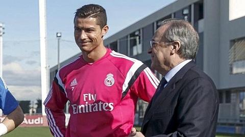 Ronaldo the thot vo dich Champions League va La Liga hinh anh
