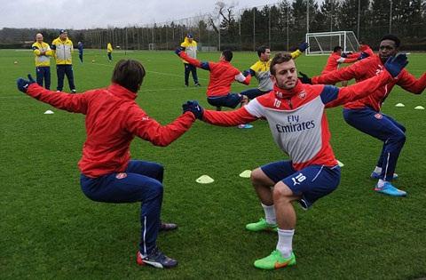 Wilshere cua Arsenal phai tien hanh phau thuat hinh anh