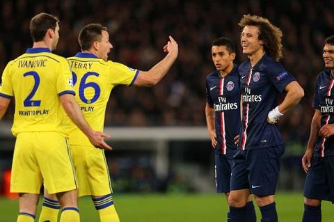 David Luiz thach thuc thay cu Mourinho truoc tran Chelsea vs PSG hinh anh