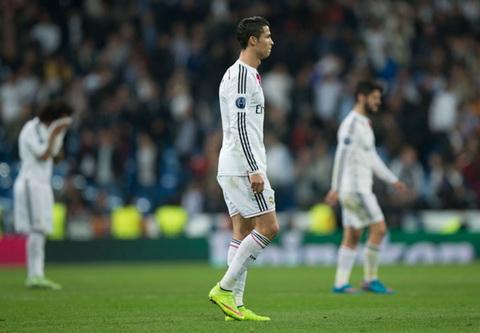 Bai hoc tu vong 18 Champions League Co loi the chua chac da hay hinh anh