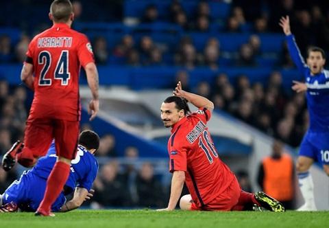 Ibrahimovic bay gio gioi san ban hon san ban hinh anh 2