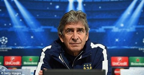 HLV Manuel Pellegrini cua Man City quyet khong tu chuc hinh anh