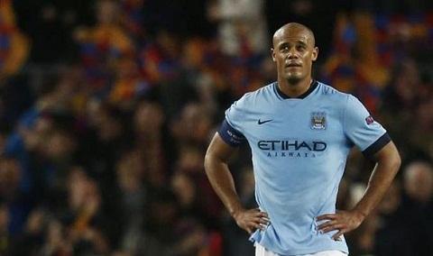 Toure va Kompany khong the giup Man City vo dich Premier League hinh anh 2