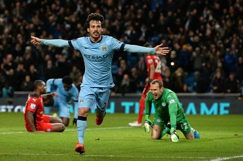 HLV Pellegrini thay doi chien thuat trong tran Man City vs Leicester hinh anh