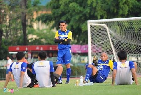 Kiatisak va Thai Lan - thuoc thu lieu cao cho HLV Miura  hinh anh 2