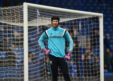 Liverpool dat duoc thoa thuan muon Petr Cech cua Chelsea hinh anh