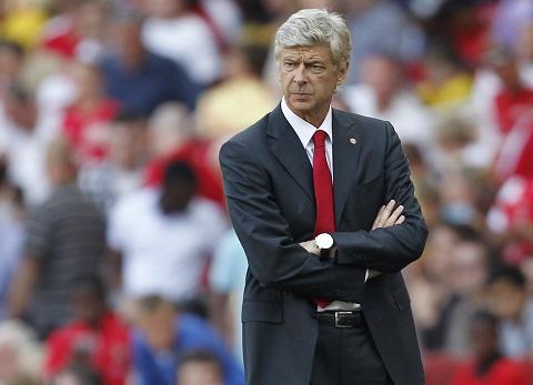 Hang thu Arsenal hinh anh