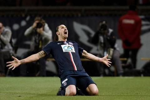 Ibra lap hattrick trong tran PSG vs St.Etienne hinh anh