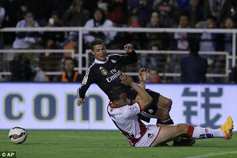 Vallecano vs Real Madrid hinh anh
