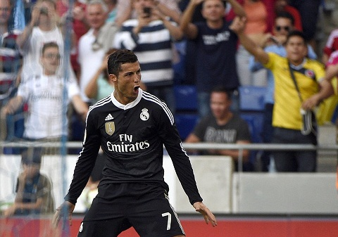 Duyet chi 125 trieu EURO, PSG quyet mua Cristiano Ronaldo hinh anh